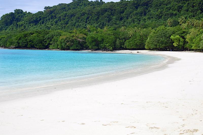 champagne-beach-
